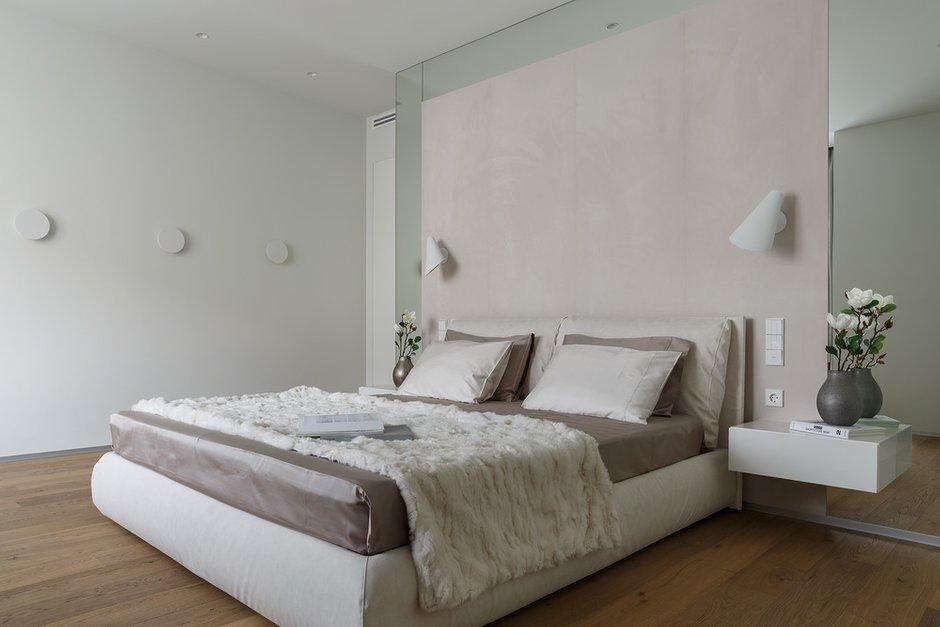 Фотография: Спальня в стиле Современный, Минимализм, Квартира, Проект недели, Санкт-Петербург, 2 комнаты, Более 90 метров, Background studio – фото на INMYROOM