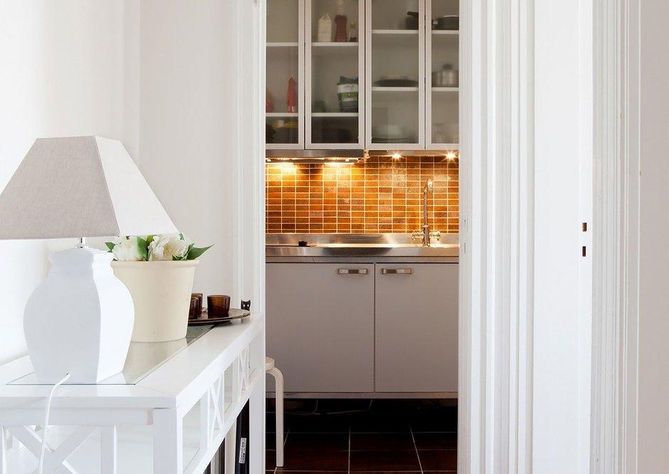 Фотография: Кухня и столовая в стиле Классический, Скандинавский, Современный, Декор интерьера, Малогабаритная квартира, Квартира, Дома и квартиры, Ремонт – фото на INMYROOM