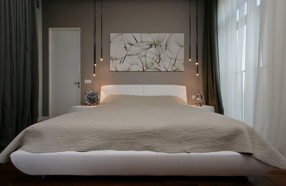 Фотография: Спальня в стиле Современный, Квартира, Украина, Цвет в интерьере, Дома и квартиры, Белый, Светильники, Кухонный остров – фото на INMYROOM