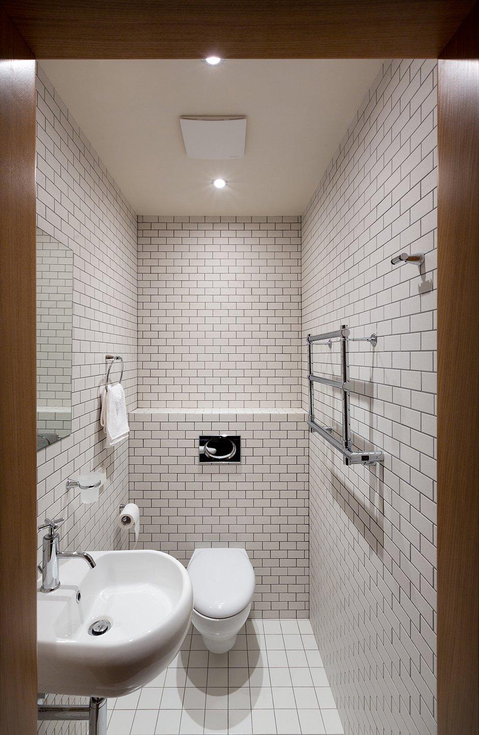 Фотография: Ванная в стиле Современный, Декор интерьера, Квартира, Normann Copenhagen, Vitra, Дома и квартиры, Проект недели, SLV – фото на InMyRoom.ru