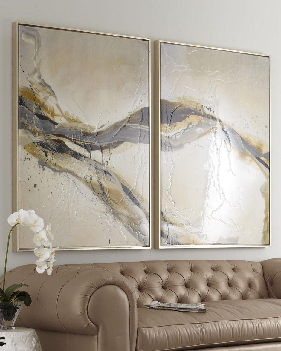 Фотография: Гостиная в стиле Классический, Декор интерьера, Декор дома, Картины – фото на INMYROOM