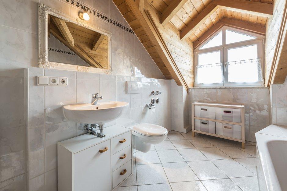 Фотография: Ванная в стиле Лофт, Дом, Дома и квартиры, Мансарда – фото на INMYROOM