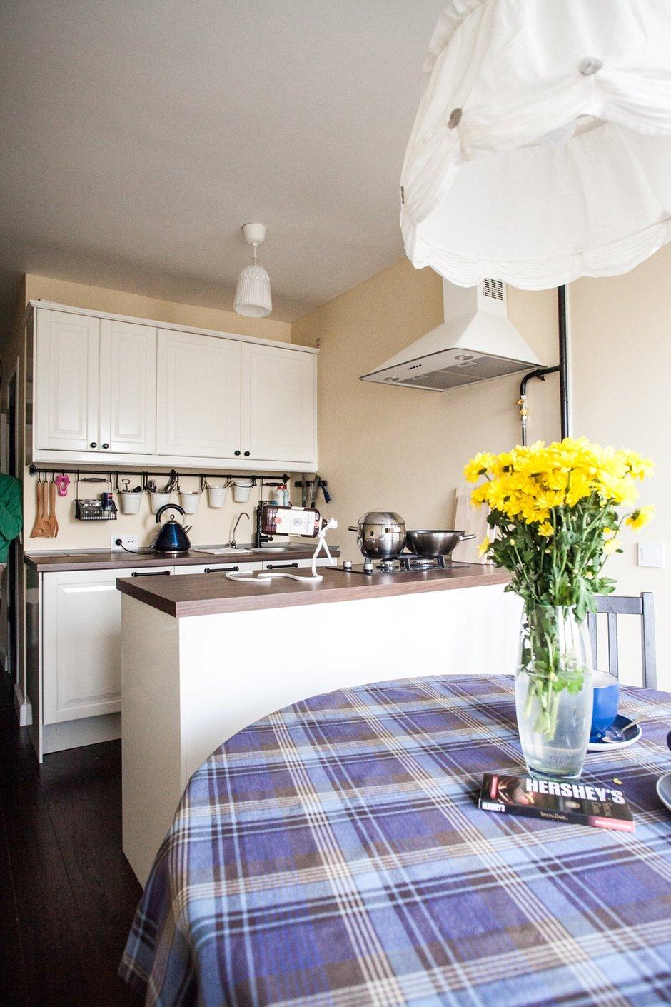 Фотография: Кухня и столовая в стиле Скандинавский, Современный, Малогабаритная квартира, Квартира, Дома и квартиры, IKEA – фото на INMYROOM