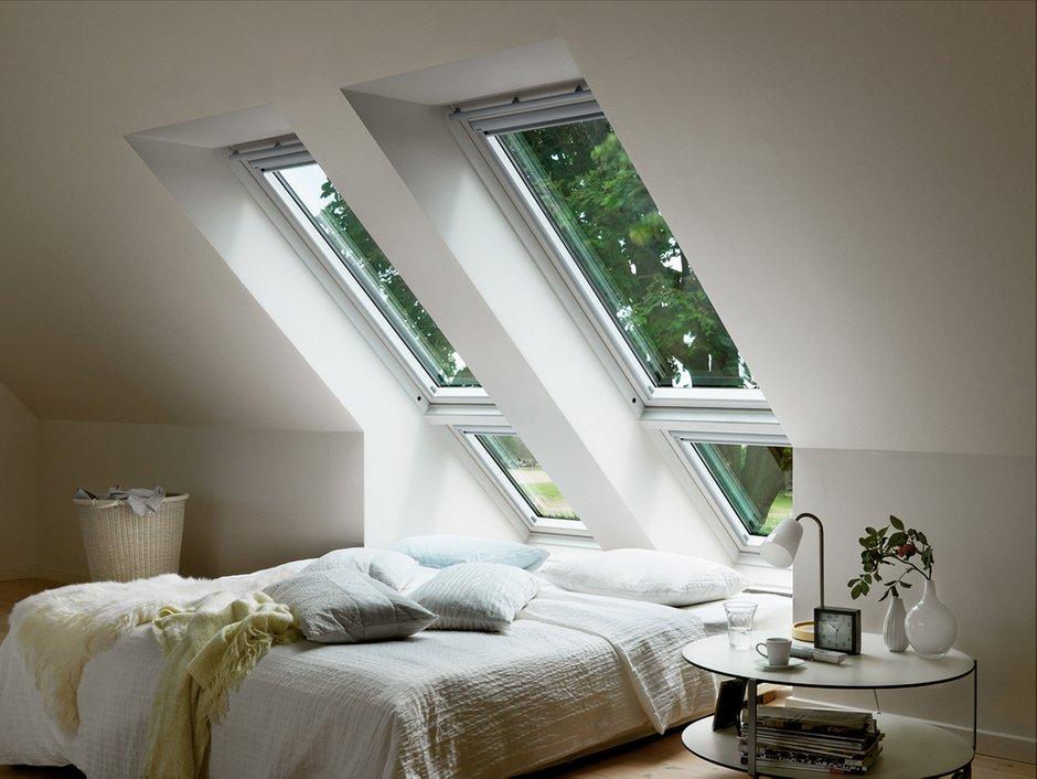 Фотография: Спальня в стиле Современный, Дом, Дома и квартиры, Мансарда – фото на INMYROOM