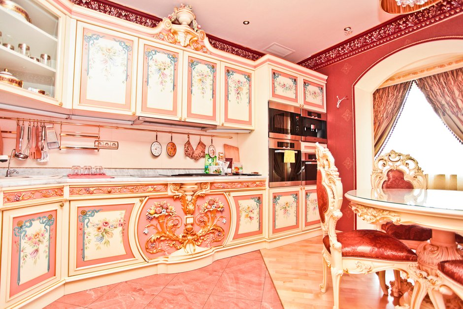 Фотография: Кухня и столовая в стиле Классический, Современный, Квартира, Дома и квартиры, Роспись – фото на INMYROOM