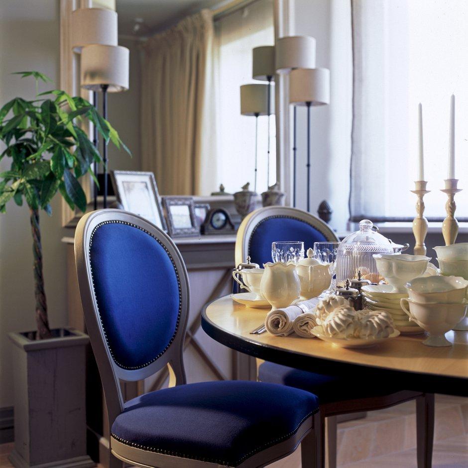 Фотография: Кухня и столовая в стиле Прованс и Кантри, Квартира, Дома и квартиры, Проект недели, Москва, Неоклассика – фото на INMYROOM