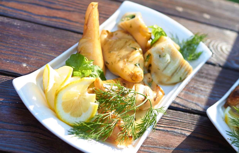 Блюда из кальмаров рецепты с фото пошагово болотной