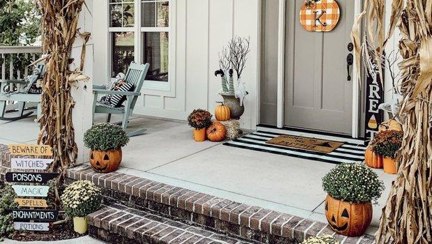 Как украсить дом на Хэллоуин: 30+ ужасно красивых примеров